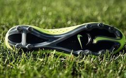 Đây là loại giày U23 Việt Nam bắt buộc phải dùng trong điều kiện sân tuyết phủ trắng xóa