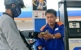 Phải tính lại giá xăng dầu!