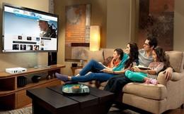 """Mâm cỗ ngày Tết nếu thiếu đi chiếc tivi thế này có thể sẽ thiếu một """"món gia vị ngon"""""""