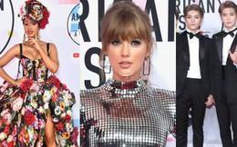 """Dàn siêu sao đổ bộ thảm đỏ AMA 2018: Taylor Swift """"chói lóa"""" cả sự kiện, xuất hiện một đại diện Kpop không phải BTS"""