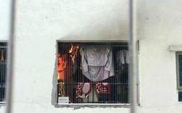 Cháy tại tầng 31 chung cư HH Linh Đàm, cư dân hoảng loạn tháo chạy xuống dưới