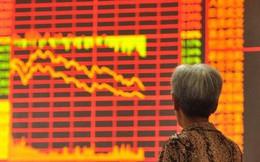 """Sau cú trượt dài của thị trường chứng khoán toàn cầu trong tuần qua, nạn nhân """"chịu khổ"""" nhiều nhất có lẽ là Trung Quốc"""
