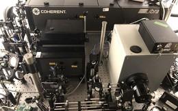 Camera chụp ảnh nhanh nhất thế giới với tốc độ 10 nghìn tỷ hình/giây