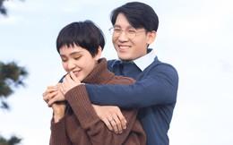 """Hiền Hồ """"vượt mặt"""" Hoàng Thùy Linh dù ra mắt MV sau"""