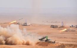 Tăng Mỹ Abrams gầm thét với hỏa lực yểm trợ của Shilka và Grad Nga