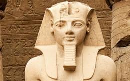 Chuyện lạ: Pharaoh chết cách đây 3.000 năm vẫn phải xin hộ chiếu để bay sang Pháp