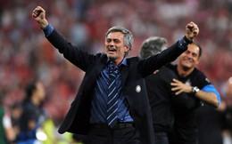 """Thứ bản năng từng làm nên chiến thắng sẽ """"đá bay"""" Mourinho khỏi Man United?"""