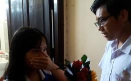 Học sinh Thái Phiên (Đà Nẵng) vây kín nhà vệ sinh nữ xem màn tỏ tình lãng mạn như phim