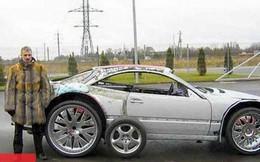 Lúc mua xe cũ nát thì bạn bè chế nhạo, nhưng khi phục chế xong ai nấy đều thán phục