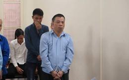 Người đàn ông xả súng AK bắn chết lễ tân khách sạn, ra tòa trình báo... bị tâm thần
