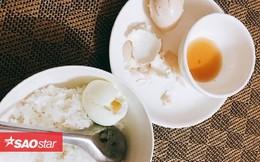 Gái đẻ mổ mới 2 tuần đăng đàn cầu cứu dân mạng bởi mâm cơm cữ chỉ vỏn vẹn 1 bát cơm trắng và 2 quả trứng luộc