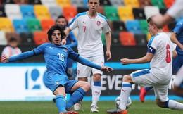 Chelsea và Juventus tranh nhau cầu thủ giống Pirlo như tạc