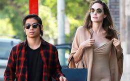 Mặc tranh chấp ly hôn, Angelina Jolie muốn liên lạc với Brad Pitt để tổ chức Halloween cho con