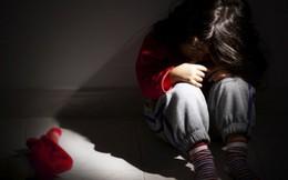 Bé gái bị nam thiếu niên 13 tuổi cưỡng hiếp rồi dùng dao cứa cổ đã qua cơn nguy kịch