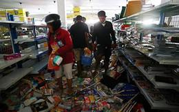 Người dân vùng thảm họa giận dữ và tuyệt vọng với Tổng thống Indonesia vì bị bỏ đói