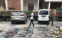 Tiêu hủy hàng trăm khẩu súng tự chế, nhiều vật liệu nổ ở Nghệ An