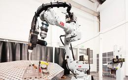 Robot chế tạo robot tại nhà máy trị giá 150 triệu USD ở Trung Quốc