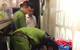 Quán trà sữa ở Sài Gòn bị ném vật thể lạ gây nổ, nhiều người thoát chết
