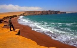 Những bãi biển tuyệt đẹp có màu cát kỳ lạ