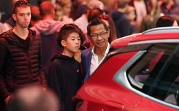"""Du học sinh Việt Nam ở Pháp: """"Đến Paris Motor Show để thấy tự hào về VinFast"""""""