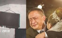 Tấm ảnh luôn 'úp mặt' vào tường và lời giải thích của người cha khiến tất cả xúc động
