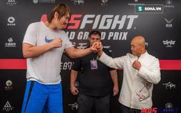 """""""Đệ nhất Thiếu Lâm"""" Yi Long sẽ lại thua ê chề trước võ sĩ khổng lồ cao 2m18, nặng 150kg?"""
