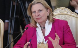 Rộ tin gián điệp Áo tuồn tin NATO cho Mátxcơva, Ngoại trưởng được Putin dự lễ cưới hủy thăm Nga
