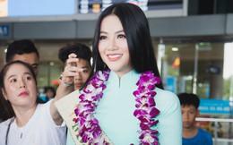 Tân Hoa hậu Trái đất Phương Khánh vỡ oà trong vòng vây người hâm mộ, nghẹn ngào ôm chặt mẹ tại sân bay
