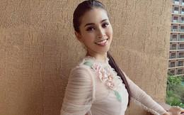 Hoa hậu Tiểu Vy khoe dáng đẹp eo thon, nhan sắc rực rỡ tại hậu trường cuộc thi Hoa hậu Thế giới 2018