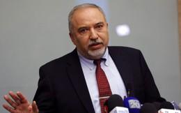 Bộ trưởng Quốc phòng từ chức, Liên minh cầm quyền Israel gặp sóng gió