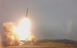 """Video: Xem quân đội Nga phóng tên lửa, đạn pháo """"vèo vèo"""" ở St. Petersburg"""
