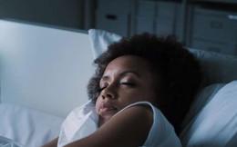 """Dành cho người mất ngủ, ngủ ít: Hãy uống thêm nước và chờ đợi điều """"kỳ diệu"""""""