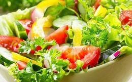 Luộc rau xong có nên uống nước canh rau luộc không: Chuyên gia dinh dưỡng trả lời