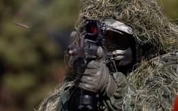 24h qua ảnh: Lính thủy đánh bộ Hàn Quốc ngụy trang tập trận