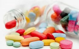 """BS hướng dẫn cách dùng thuốc hạ sốt """"chuẩn"""": Cha mẹ cần biết để con không bị uống quá liều"""