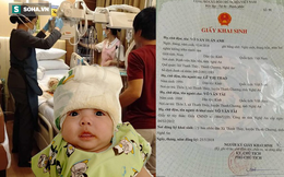 Trao tặng bé Võ Văn Tuấn Anh đang điều trị tại Singapore số tiền 323 triệu đồng