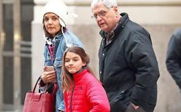 Bị đồn không phải con Tom Cruise, nhưng hình ảnh mới của Suri đã chứng minh điều ngược lại