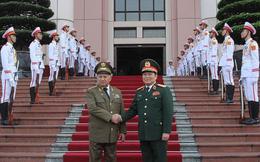 Việt Nam - Cuba hội đàm quân sự cấp bộ trưởng