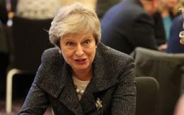 """""""Cuộc chiến cân não"""" ở Anh nhằm kêu gọi ủng hộ thỏa thuận sơ bộ Brexit"""