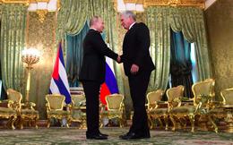 """Nga – Cuba hứa hẹn sát cánh trước """"bão"""" trừng phạt Mỹ"""