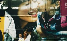 Bức ảnh nụ hôn kép đang được dân mạng tò mò, chia sẻ: Chủ nhân nói gì?