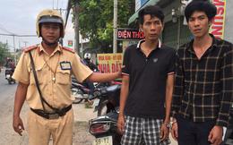 CSGT truy đuổi ép xe 2 kẻ trộm cắp tài sản trên đường phố ở Sài Gòn