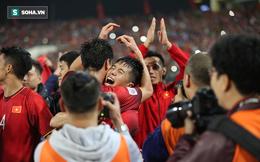 NÓNG: Chấn thương vẫn cắn răng đá hết trận, Đình Trọng mất Asian Cup 2019
