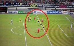 CĐV Malaysia nổi điên với trọng tài, cho rằng Việt Nam ghi bàn trong thế việt vị