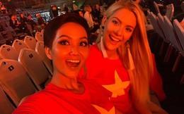 Sau khi chê bai tiếng Anh của H'Hen Niê, Hoa hậu Mỹ mặc áo cờ đỏ sao vàng cổ vũ bóng đá Việt Nam