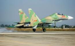 Tiêm kích Su-30MK2 canh trời phía Bắc