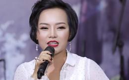 """Bất ngờ bị hỏi """"có đang hạnh phúc không?"""", Thái Thùy Linh tiết lộ xăm dòng chữ này trên ngực"""