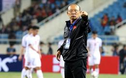 """""""Bệnh nan y"""" từ AFF Cup chữa mãi không khỏi, HLV Park Hang-seo vô cùng lo lắng"""