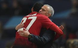 """Nếu """"vị cứu tinh"""" của Mourinho lại tỏa sáng, Man United đích thực đang tan nát"""