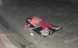 Bé gái 5 tuổi ngủ vỉa hè trong đêm lạnh vừa phải nhập viện cấp cứu
